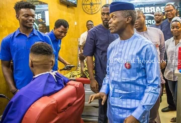 Vice President Yemi Osinbajo Cutting His Hair In A Public Barber's Shop (Pics)